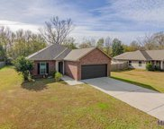 4916 Lois Dr, Zachary image