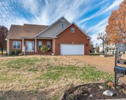 2801 Cattle Trace Cir, Spring Hill image