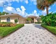 19 Bermuda Lake Drive, Palm Beach Gardens image