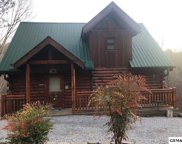 2233 Beach Front Drive, Sevierville image