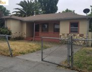 9851 Edes Ave, Oakland image