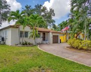 560 Forrest Dr, Miami Springs image