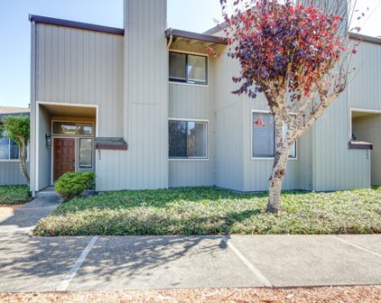 802 Brentwood Ct, Pacific Grove