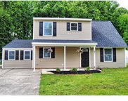 48 Roundwood Lane, Levittown image