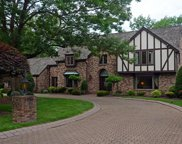 1580 Hollow Tree Dr, Upper St. Clair image