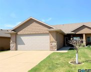 3408 S Woodsedge St, Sioux Falls image
