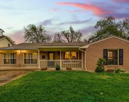 4216 Selkirk Drive W, Fort Worth image
