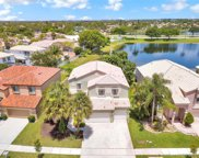 447 Nw 156th Ln, Pembroke Pines image