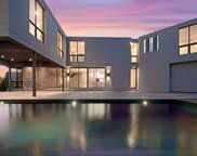8  Bayview Drive, Quogue image
