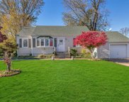 30 Lee Ave, Patchogue image