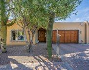 2572 E Via Corta Di Amore, Tucson image