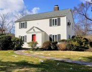 217 Old Mill Rd, Manhasset image
