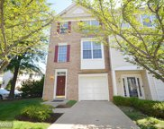 2423 CLOVER FIELD CIRCLE, Herndon image