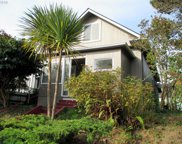977 S 4TH  ST, Coos Bay image