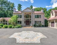 50 Twin Ponds  Lane, Oyster Bay Cove image