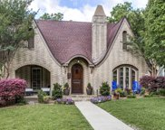 823 Clermont, Dallas image