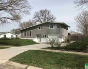 916 Jane St, Vermillion image
