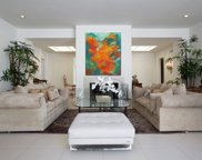 711 Bedford Drive, Beverly Hills image