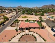 5236 W Saguaro Park Lane, Glendale image
