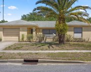 2907 Narcissus Drive, Holiday image