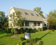 2890 Dundee Road, Northbrook image