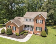 213 Clements Court, Colonial Heights image