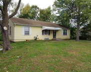 8208 Sterling Avenue, Raytown image