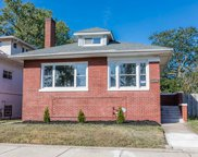 7638 South Oglesby Avenue, Chicago image