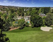 18 TOLUCA ESTATES Drive, Toluca Lake image