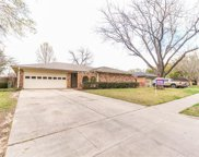 2205 Pin Oak Lane, Arlington image