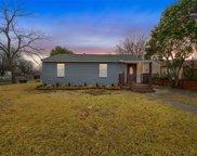 2205 N Farola Drive, Dallas image