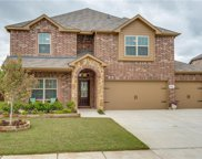 584 Indian Hill, Oak Point image