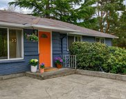 2538 NE 105th Place, Seattle image