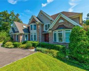 2 Pond View  Drive, Glen Cove image