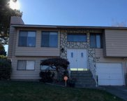 1049 W 14th Ave, Kennewick image