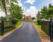 6655 Briar Hill Road, Paris image