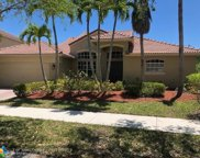 829 Crestview Cir, Weston image