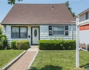 21-20 154th St, Whitestone image