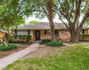 5625 Hillcroft Street, Dallas image