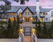 910 N Rexford Dr, Beverly Hills image