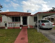 1010 Ne 143rd St, North Miami image