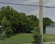 1605 Singleton Boulevard, Dallas image