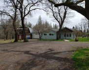 6416 Rogue River  Drive, Shady Cove image