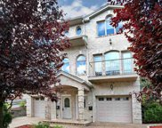 190 Undercliff Ave, Edgewater image