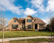 10045 Brooks Edge  Circle, Fishers image