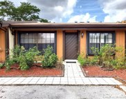 2310 Poinsetta Ct, Pembroke Pines image