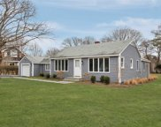 9 Gravel Hill Rd, Hampton Bays image