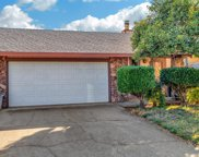 422  Cameron Way, Roseville image