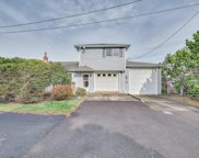 1851 51st Dr Nw, Lincoln City image
