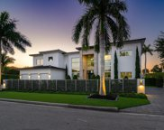 499 Royal Palm Way, Boca Raton image